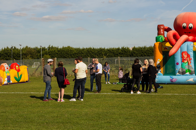 bensavellphotography_lloyds_clinical_homecare_family_fun_day_event_photography (107 of 405).jpg