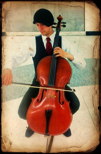 Cello @ the MUNI