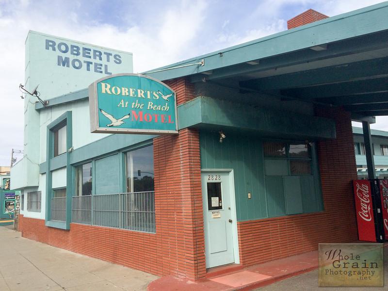 20141017_RobertsMoteliPhone_0011.jpg