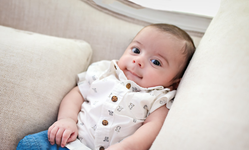 gggnewport_babies_photography_2_months_old-9546-1.jpg