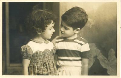 grandchildren of Benjamin Gomes Casses photographed by him