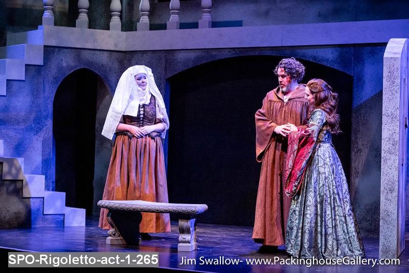 SPO-Rigoletto-act-1-265.jpg