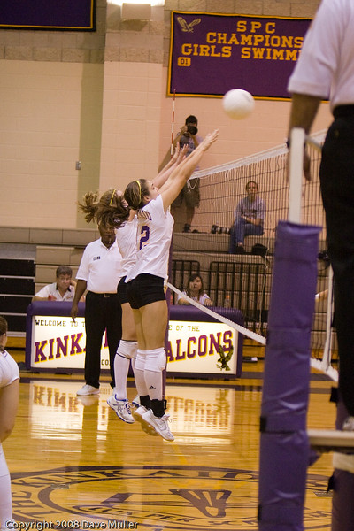 Volleyball_08_Conc_Luth_20070830_0091.jpg