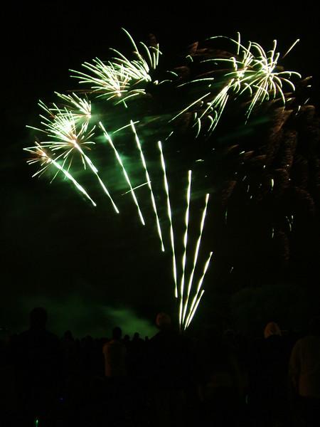 2005_1028tootingfireworks005_edited-1.JPG