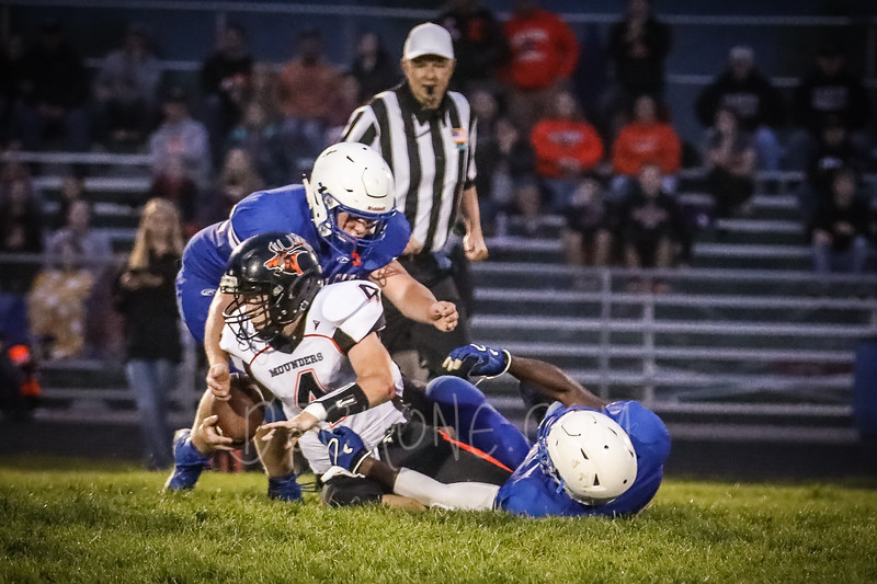 GC Football vs Elk Mound-0921.JPG