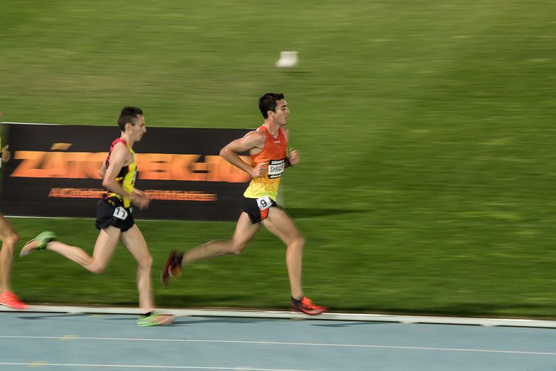 Shrarer before he was overtaken in the 2015 Men's Zatopek 10k.