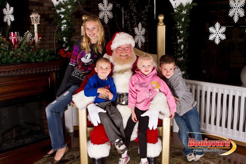 Santa Dec 15-201.jpg