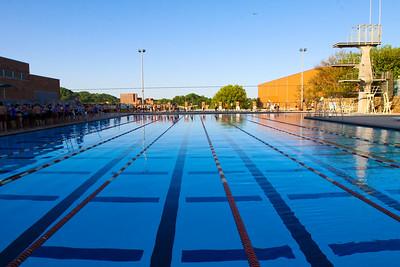Swimming UT Triathlon 4-18-10