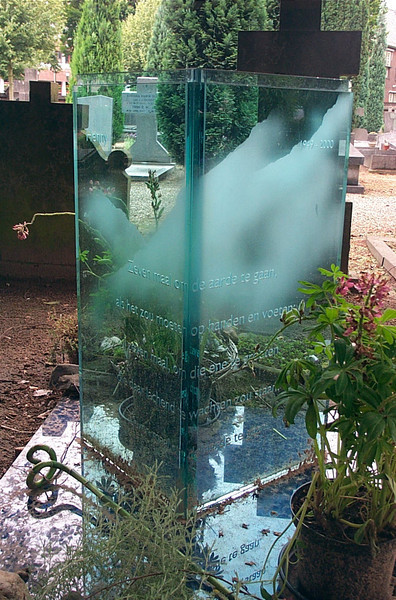 A very thick glass tombstone