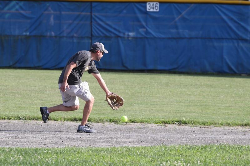 softball17123.JPG