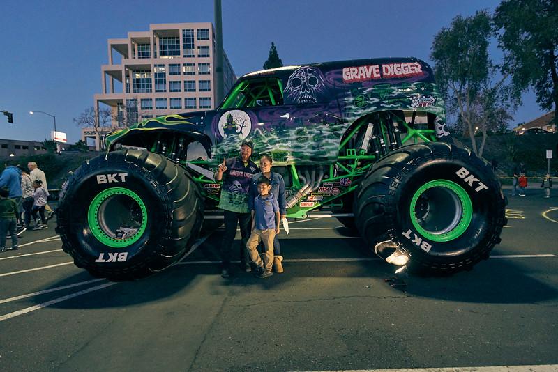 Grossmont Center Monster Jam Truck 2019 220.jpg
