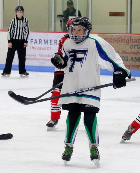 2016-Feb_12-Hockey-JPM2005.jpg