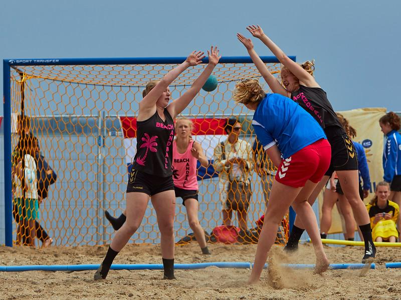 Molecaten NK Beach Handball 2015 dag 2 img 694.jpg