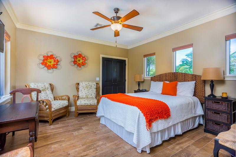 Guest Bedroom2-1.jpg