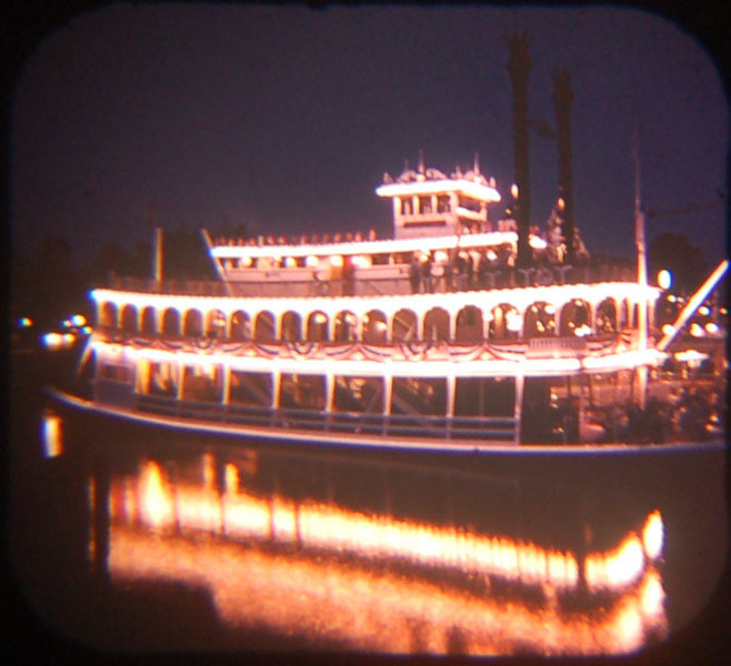 1959 Viewmaster photo of the Mark Twain at night. Notice the reflections.