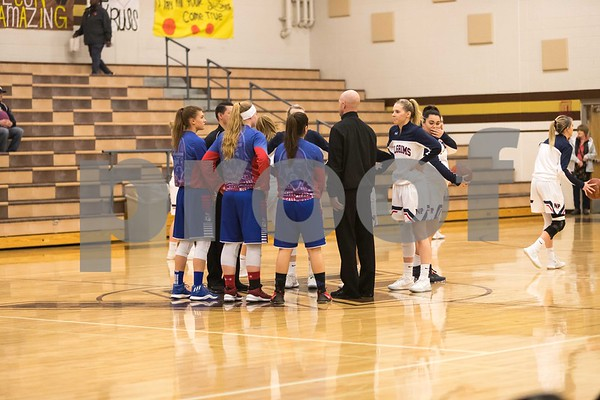 2/8/18 New Plymouth vs McCall Donnelly Girls District Basketball
