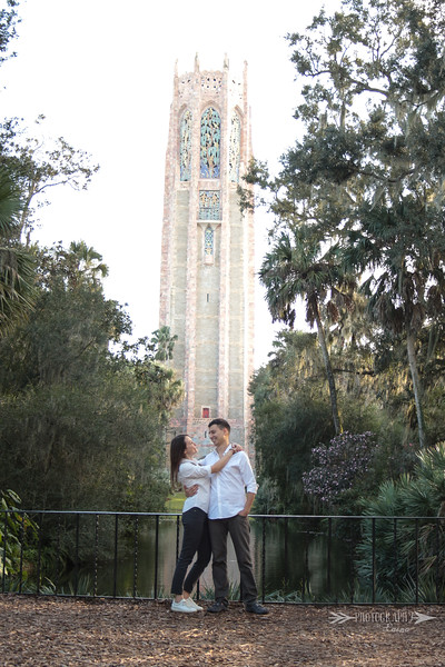 Bok-Tower-Gardens-Engagement-Session-Sunset-Engagement-Photos-Photography-By-Laina-Dade-City-Tampa-Area-Wedding-Engagement-Photographer-Laina-Stafford-6.jpg