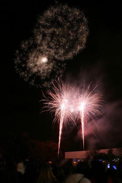 2007_1102putneyfireworks109.JPG