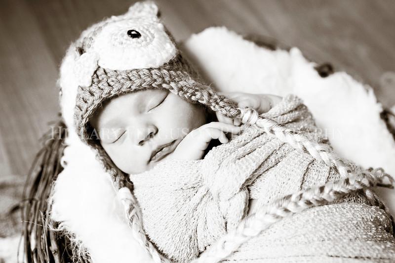 Hillary_Ferguson_Photography_Carlynn_Newborn009.jpg