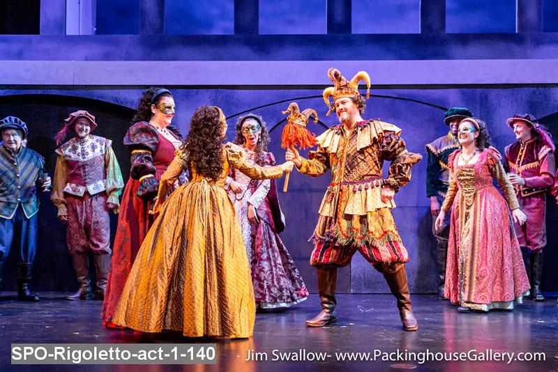 SPO-Rigoletto-act-1-140.jpg
