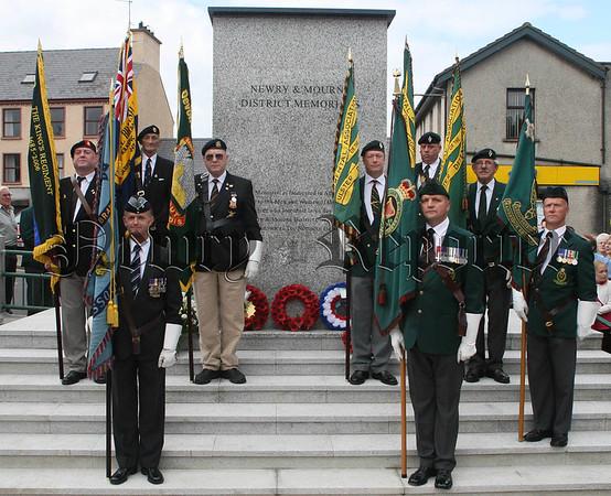 07W35N153 (W) War Memorial.jpg