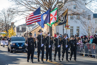 2019-12-07 Middleburg: Hunt & Hounds Review and Christmas Parade