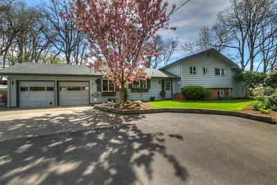 1360 Howell Prairie Rd SE