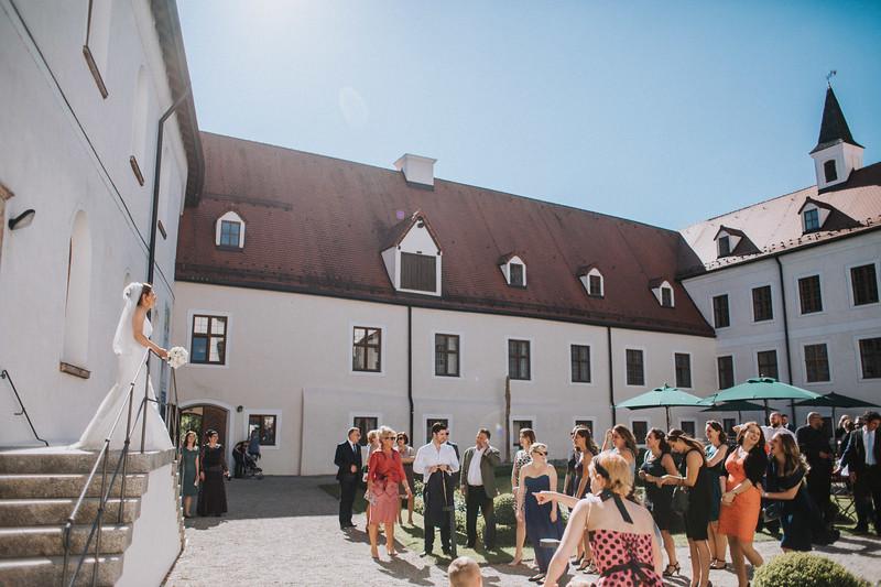 Sommerliche Hochzeit Kloster Seeon (108).jpg