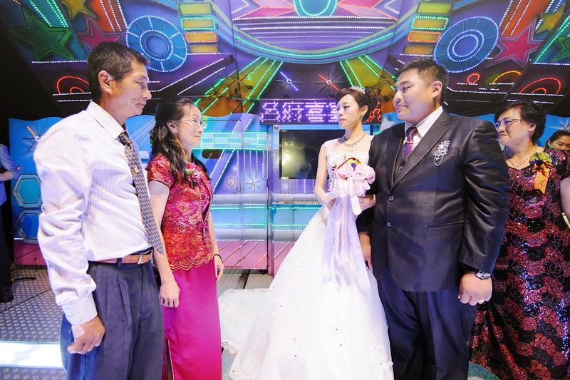 ---wedding_19634324391_o.jpg