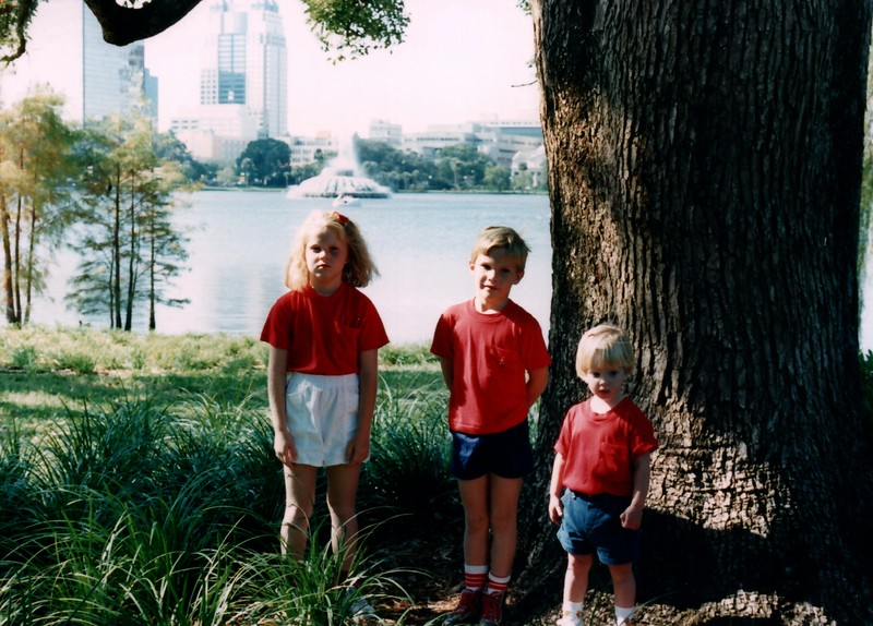 1989_December_Christmas_picture_sessions_in_orlando_0022_a.jpg