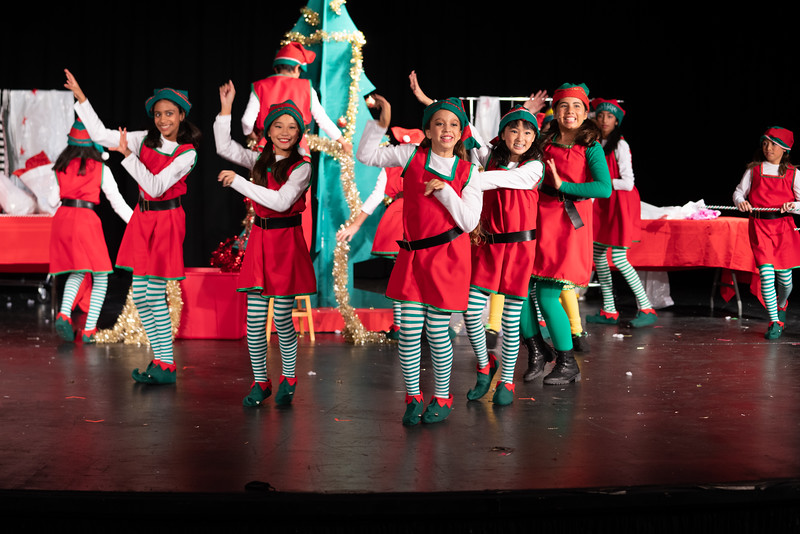 LEAP_elf-jr-dress-rehearsal-77.jpg