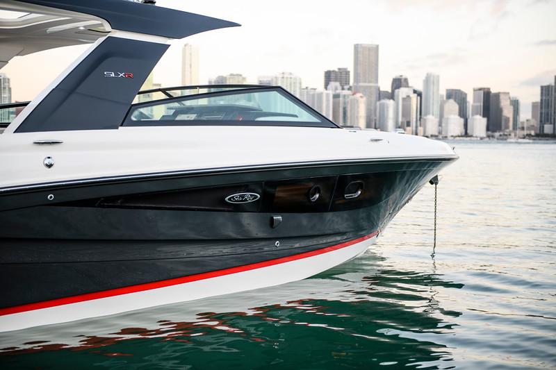 2020-SLX-R-400-e-Outboard-profile-02.jpg