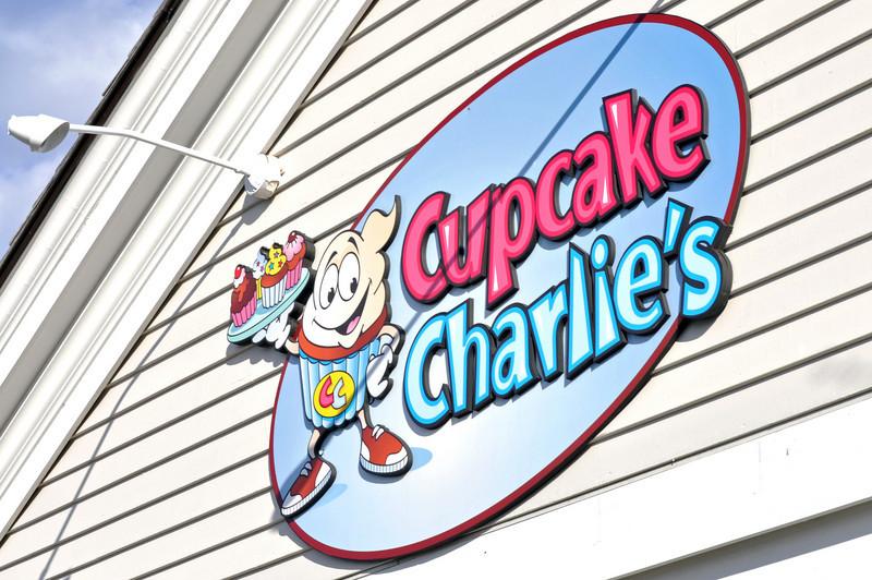 Cupcake Charlies 02.jpg