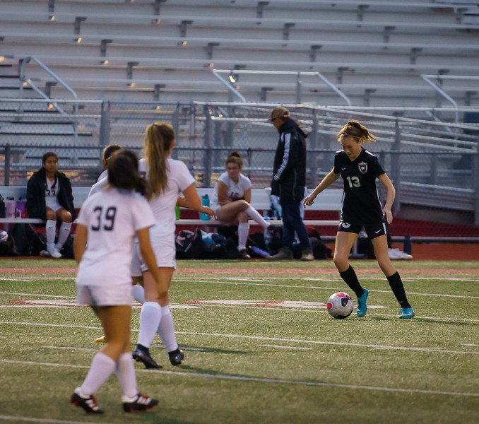 2019-10-24 JV Girls vs Lynnwood 032.jpg