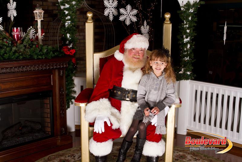 Santa Dec 15-261.jpg