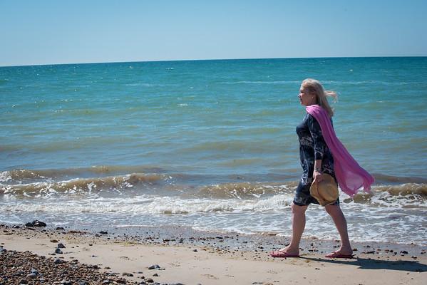Janine Lowe Beach-136.jpg