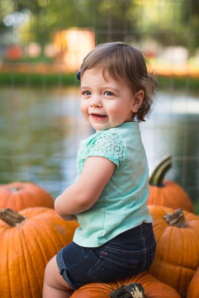 Stevies First Pumpkins-4440.jpg