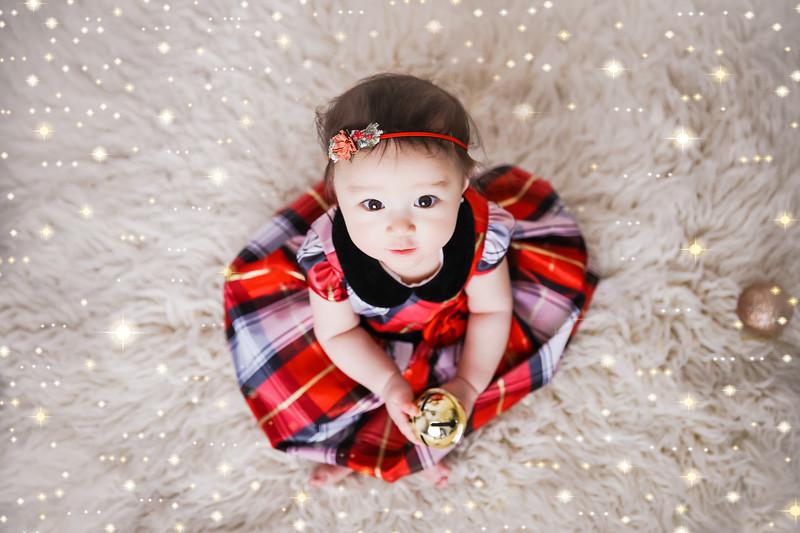 newport_babies_photography_6_months_photoshoot-0026-1.jpg