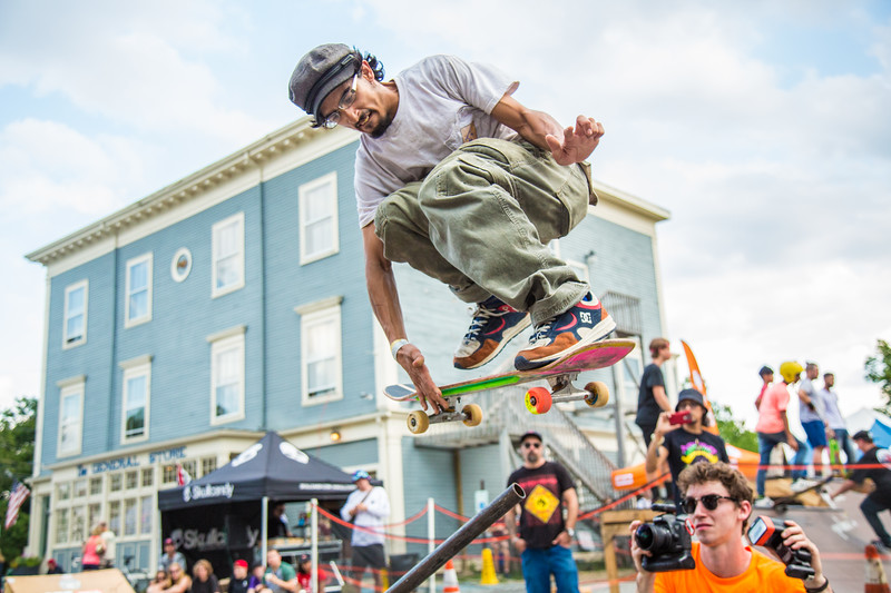 Gustavo Arevalo competes in the pole jam contest, August 4 in front of the General Store.