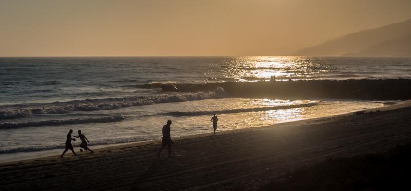 September 6 - Preparing for sunset in Los Angeles.jpg