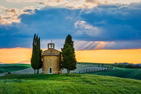 tuscan landscape-1.jpg