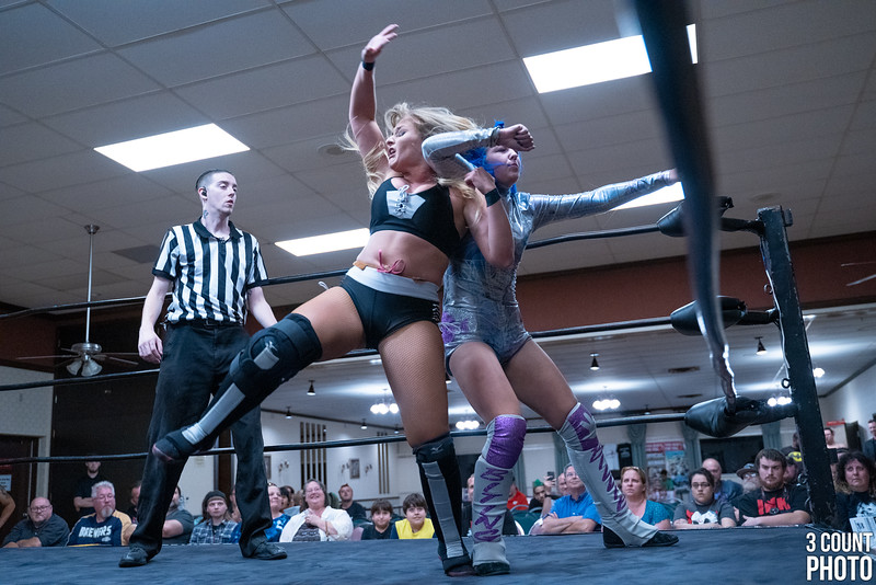 Girl-Fight-Brew-City-28.jpg