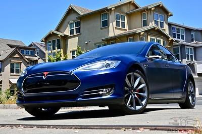 2015 Tesla Model S - P85D - Deep Sea Metallic