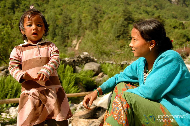 Taking Care of a Younger Sister - Annapurna Circuit, Nepal
