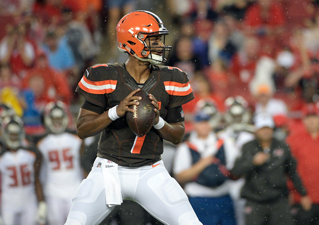 . Cleveland Browns quarterback DeShone Kizer (7) looks to pass against the Tampa Bay Buccaneers during the first quarter of an NFL preseason football game Saturday, Aug. 26, 2017, in Tampa, Fla. (AP Photo/Phelan Ebenhack)