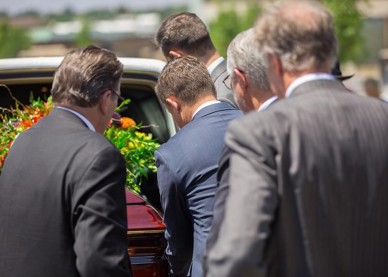 Grandpa Scott Funeral 062.jpg