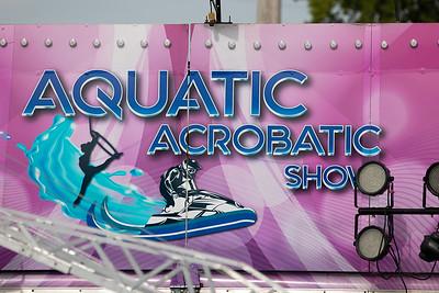 Aquatic-Acrobatic-Show