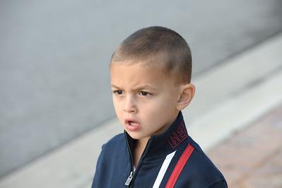 2008-11-23 - Kids outside