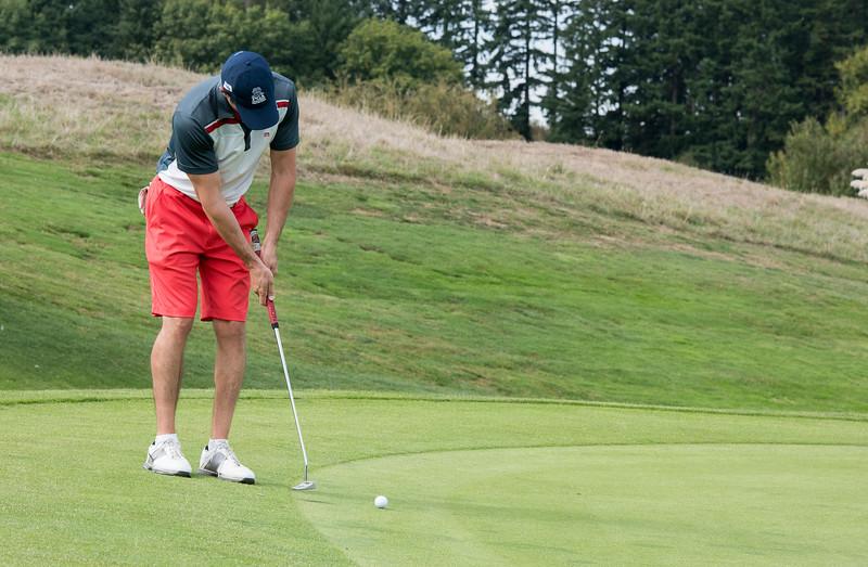 2015 Golf Classic-3740-300 DPI.JPG