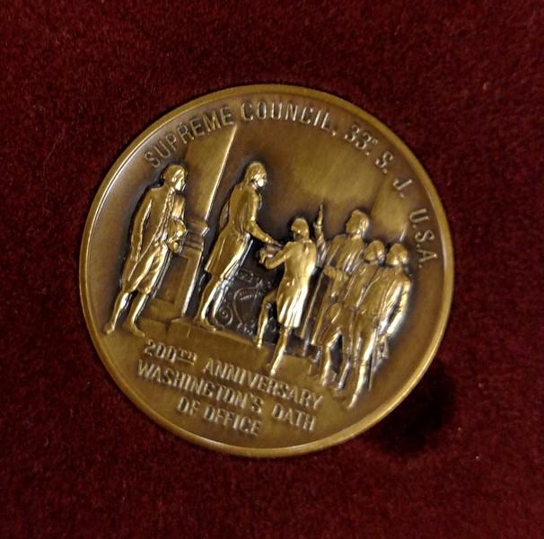 18174_coin_1800x1783.jpg
